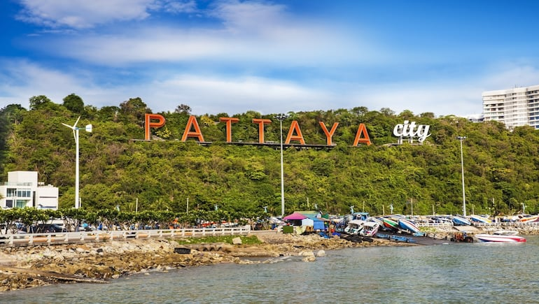 Holiday Rental on Pattayas Party Beach